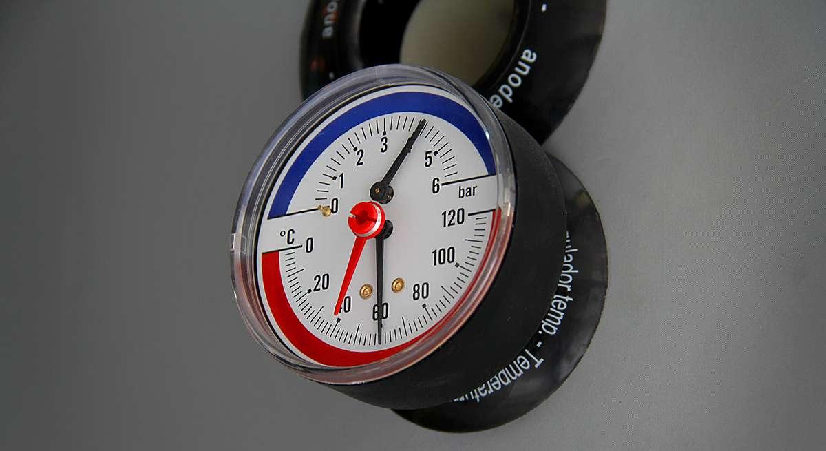 Контроль температуры воды в бойлере